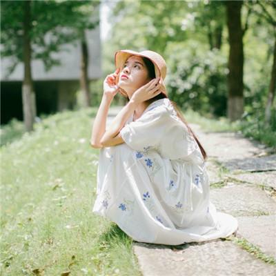 可爱萌萌哒的微信唯美古风美女头像套图下载_可爱唯美