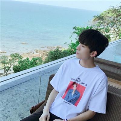 可爱萌萌哒的微信帅气男生头像套图下载_激萌可爱微信