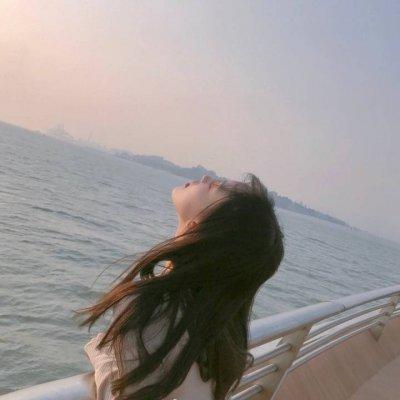 海边小清新微信伤感女生头像