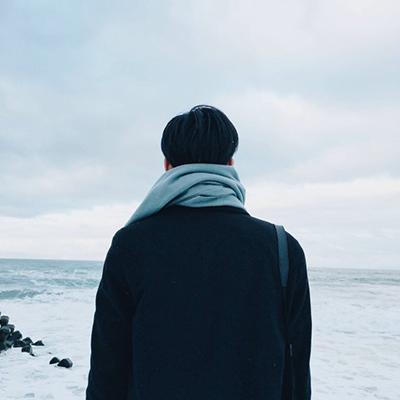 微信个性超拽男生背影头像