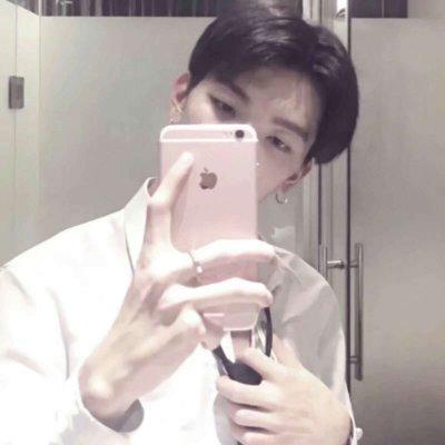 微信个性手机控男生头像