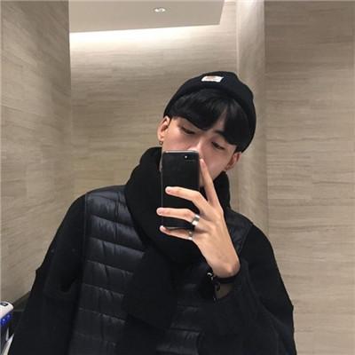 微信小清新帅气手机控男生头像
