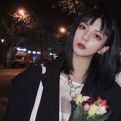 微信快手最火个性霸气女生头像_微信头像_微茶网