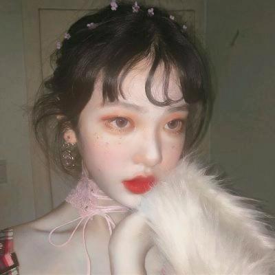 可爱美丽的小姐姐系列微信头像套图下载
